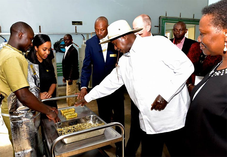 President Museveni inspecting gold at Africa Gold Refinery